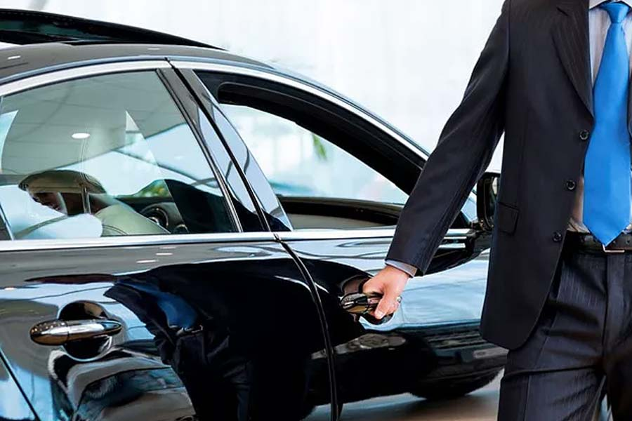 Find Out What is like When You Use LA VIP Chauffeur Service in Los Angeles