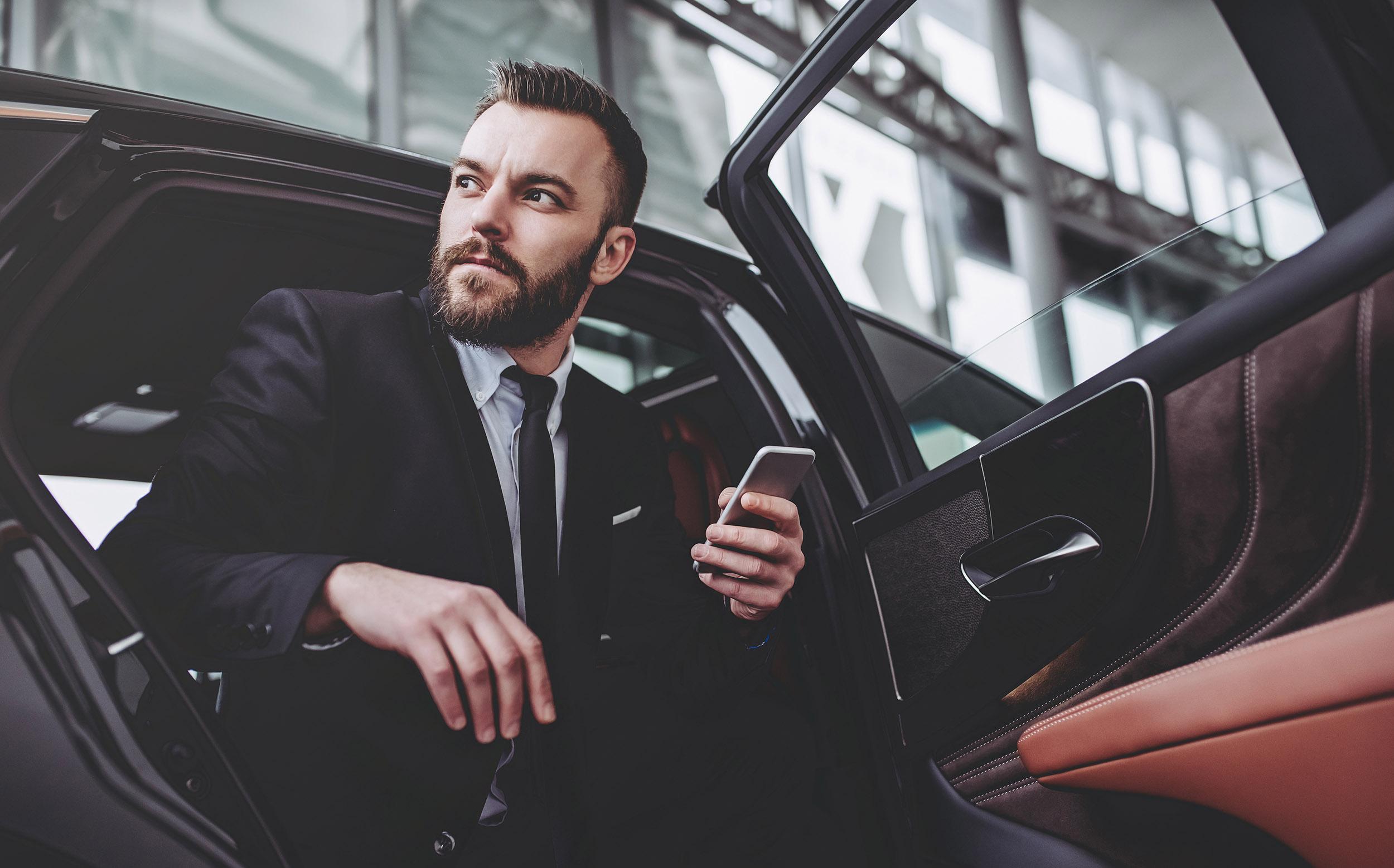 Why You Should Hire LA VIP Car Service